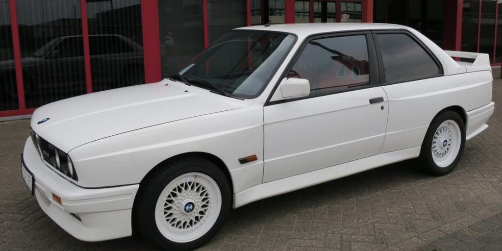 BMW E30 M3 car