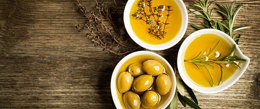 Olive Oil and Skin Health