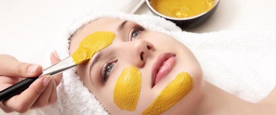 Lemon And Gram Flour Face Mask