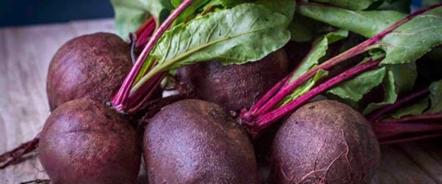 Beetroots with Leafs