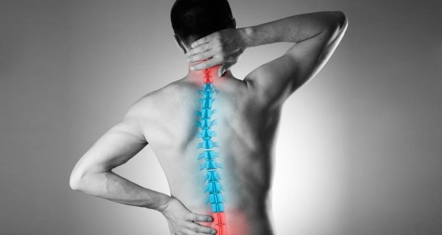 illustration-of-spine-on-man-with-back-pain